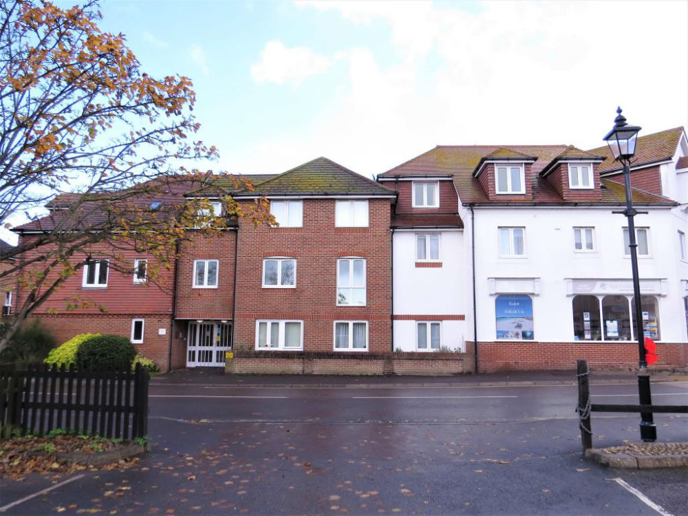 Retirement apartment for over 55s in New Milton village centre