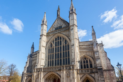 front view of winchester cathedral