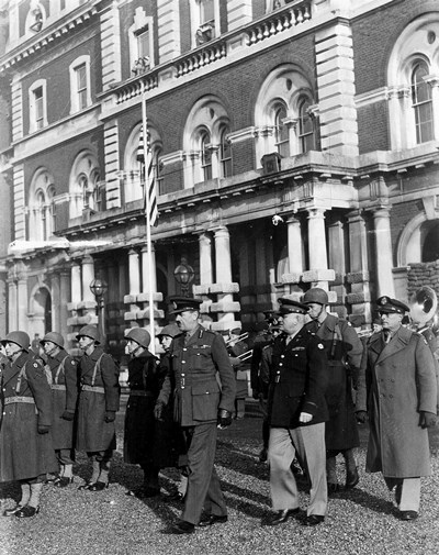 American and British handover of the hospital
