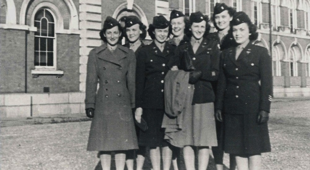 A group of American nurses in 1945