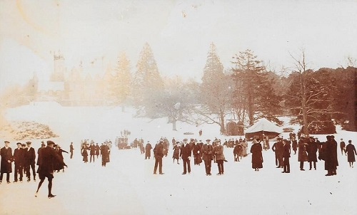 Staunton - people skating on lake in 1909